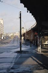 Berlin 8 (Lennart Arendes) Tags: canon eos 1n ef analog film kodak portra 400 berlin street oberbaumbrücke bridge shadow sun people