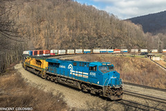 CR and RDG Heritage on HSC (Vincent Colombo) Tags: heritage unit altoona intermodal