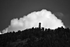 (lucamarasca1) Tags: oscurità dark südtirol sudtirol visuale cielo sky explore montagna mountain view silhouette alps nuvole cloudy cloud tower altoadige landscape monocrome biancoenero bnw blackandwhite