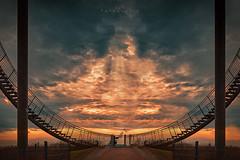 Sonnenuntergang (EmPi Fotografie) Tags: treppe sonnenuntergang wolken dramatisch landschaft lichtstimmung sunset landscape nature clouds