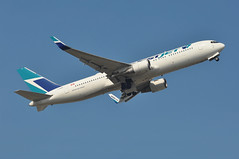 WS0004 LGW-YYZ (A380spotter) Tags: takeoff departure climb climbout gearinmotion gim retraction belly boeing 767 300er 300erwl cgogn ship670 vhogn westjetairlinesltd wja ws ws0004 lgwyyz runway08r 08r london gatwick egkk lgw
