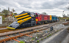 20142 and 20189 at Uttoxeter (robmcrorie) Tags: 20142 20189 class 20 loram snow plough snowplough test uttoxeter semaphore signal nikon d850 adb965237 adb965211