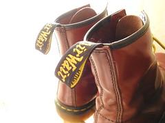 ENTERING LIGHT ... (Poppy ♥ Cocqué ♫) Tags: docmartens boots negativespace personalchallenge