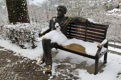 Albert Einstein Bänkli ( 14.03.1879 - 18.04.1955 - Physiker - Relativitätstheorie - In Bern von 1903 - 1905 - Sitzbank ) beim Rosengarten in der Stadt Bern im Kanton Bern der Schweiz (chrchr_75) Tags: albumzzz201901januar januar 2019 hurni christoph chrchr chrchr75 chrigu chriguhurni chriguhurnibluemailch schweiz suisse switzerland svizzera suissa swiss