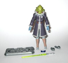 kit fisto cold weather gear cw60 star wars the clone wars blue black cardback basic action figures 2011 hasbro a (tjparkside) Tags: kit fisto cold weather gear cw60 cw 60 star wars clone clones trooper troopers red white card back packaging hasbro basic action figure figures sw tcw lightsaber jedi snow orto plutonia nahdar vebb 2011 goggles display stand base silver ice shoes blue black cardback