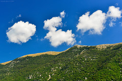 Marsica, Abruzzo, Central Italy (Claudio_R_1973) Tags: cloud cumulus fluffy landscape mountain forest wood natural nature apennines sunny sky centralitaly abruzzo italia italy marsica d800