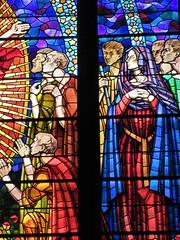 Stained glass window detail, Église Saint-Bonaventure, Lyon, France (Paul McClure DC) Tags: lyon france july2017 auvergnerhônealpes church historic architecture presquîle stainedglass