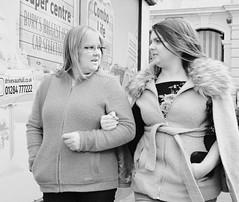Arm in Arm (Bury Gardener) Tags: burystedmunds bw blackandwhite britain monochrome mono 2019 suffolk streetphotography street streetcandids snaps strangers candid candids people peoplewatching folks fuji fujixt3 england eastanglia uk buttermarket