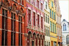 Façades à Bruges, Belgium (claude lina) Tags: claudelina belgium belgique belgië bruges brugge liquidcity triennalebruges2018 maisons houses immeubles buildings architecture