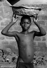 Alfredo Felletti (alfredo_felletti) Tags: gente people persone africa africani benin westafrica ragazzo boy portrait ritratto streetphotography