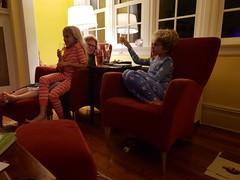 Happy New Year! (Joe Shlabotnik) Tags: home violet proudparents everett sue cameraphone december2018 galaxys9 2018