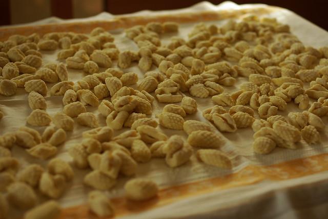 gnocchi di patate  con grattugia