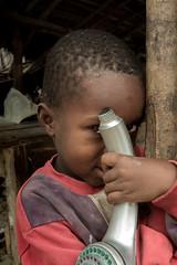 © Zoltan Papdi 2018-9111 (Papdi Zoltan Silvester) Tags: afrique africa zanzibar jambiani village personne enfant femme enpleinair brut culture beauté fille fillette coloré town nobody child women outside gross beauty girl colored