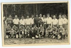 . (Kaïopai°) Tags: fusball fussball fusballer fussballer soccer sportler sport old alt vintage