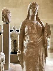 #LouvreMuseum (Σταύρος) Tags: september3 musee ancientgreece greekstatue statue louvre museum museo musée paris paris2017 france2017 vacation vacanze louvremuseum art sculpture iminyuziyamu amgueddfa музей museu 박물관 博物館 músaem halehōʻikeʻike μουσείο muzej թանգարան متحف parismuseum