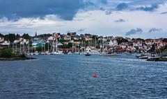 IMG_2471-1 (Andre56154) Tags: schweden sweden sverige küste coast hafen port schiff ship boot boat village ort haus house wasser water himmel sky wolke cloud