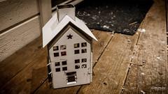 Small house (Concker) Tags: fujifilm fuji xt20 fujinon xf 1855mm mirrorless house norway white hdr effect