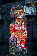 Statue (Guy Goetzinger) Tags: goetzinger nikon d500 statue bali red temple religious hindu indonesia