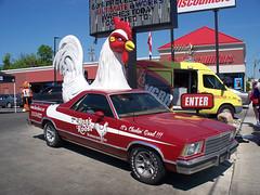 OH Cincinnati - Ron's Roost (scottamus) Tags: cincinnati ohio hamiltoncounty odd strange unusual weird car vehicle roadsideattraction ronsroost chicken chickenmobile