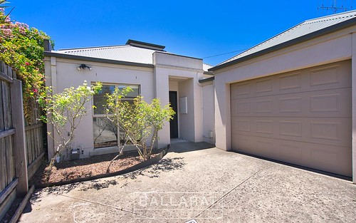 2/18 Kent St, Ballarat Central VIC 3350