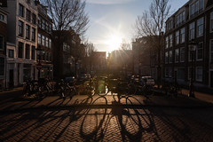 Amsterdam-Centrum 013 (Igor Klajo) Tags: amsterdam netherlands niederlande nederland street streetphotography buildings bike bicycle shadow sun sunshine canoneos5dmarkii canon canonef2470mmf28liiusm northholland nl