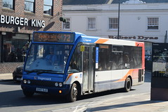 SS 47554 @ Guildford Friary bus station (ianjpoole) Tags: stagecoach south optare solo m880 gx57djz 47554 working route 72 ridge green ockford guildford friary bus station