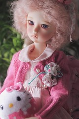 Happy weekend from Emma (assamcat) Tags: imda imda43 soom soomdoll bjd abjd balljointed doll canon macro