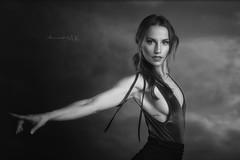 Laura (Moments by Xag) Tags: model modelo dancer beauty belleza beautiful bailarina bw bn estudio sexy sesion sensual sensuality studio portrait retrato xag nikon d610 momentsbyxag