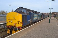 37419 Carl Haviland at Lowestoft (Warsop 37) Tags: drs syphon lowestoft tractor carl 37419 haviland