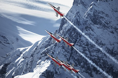 Patrouille Suisse performing at the 2019 Lauberhorn Rennen Ski Race (PH-OTO) Tags: 2019 demo eiger f5 f5e fis grindelwald jungfrau kleine lauberhorn mountains mã¶nch patrouille scheidegg ski suisse swiss tiger wengen wintersport air aircraft airline airlines airplane airport avgeek aviation aviationdaily aviationgeek avporn canon civil downhill eos fighter fighterjet flight fly force general helicopter jet military photo photography photos pilot plane planespotting private race rennen sky snow spotting team mönch