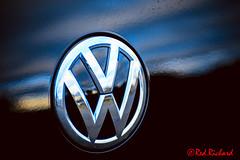 VW (red.richard) Tags: vw volkswagen badge black reflection closeup nikon d800