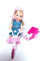 (Bubblegum18) Tags: evi steffi doll bicycle accessories pet simba