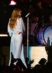 Florence and the Machine 12/09/2018 #33 (jus10h) Tags: florence welch themachine florenceandthemachine theforum forum inglewood losangeles california live music concert festival fest kroq almost acoustic christmas sunday december 9 2018 justinhiguchi sony dscrx10 dscrx10m3