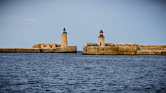 Mind the Gap (andbog) Tags: lighthouse harbour mediterranean mediterraneo faro sea seascape mare sony alpha ilce a6000 sonya6000 emount mirrorless csc sonya sonyα sonyalpha sony⍺6000 sonyilce6000 sonyalpha6000 ⍺6000 ilce6000 apsc α6000 wall muro oss sel malta mt 55210mm sel55210 169 16x9 widescreen ilbeltvalletta lavalletta