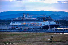 ms Amsterdam (Per@vicbcca) Tags: msamsterdam hollandamerica ogdenpoint britishcolumbia victoria canada nikon travel tourism cruise vancouverisland twilight d40x nikkor 18200mm