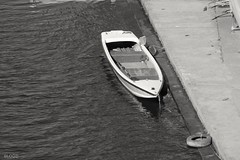 Boat in the river Po (giuselogra) Tags: torino turin piemonte piedmont italia italy blackandwhite river fiumepo po grey boat barca barche navigare navigazione