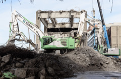 Cleaning up the demolition rubble (WSDOT) Tags: demolition replacement construction wsdot gp seattle viaduct 2019 alaskan way