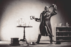 I'll show you what I am! (3rd-Rate Photography) Tags: theinvisibleman hgwells universalmonsters scifi horror universalmonster universal model toyphotography toy moebius blackandwhite bw canon 50mm 5dmarkiii jacksonville florida 3rdratephotography earlware clauderains