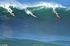 JULIAN REICHMAN, NIC LAMB / 7784NBW (Rafael González de Riancho (Lunada) / Rafa Rianch) Tags: surf waves surfing olas sport deportes sea mer mar nazaré vagues ondas portugal playa beach 海の沿岸をサーフィンスポーツ 自然 海 ポルトガル heʻe nalu palena moana haʻuki kai olahraga laut pantai costa coast storm temporal