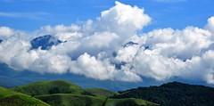 na estrada... (Ruby Ferreira ®) Tags: clouds ontheroad nuvens montains montanhas céu sky paisagem landscape