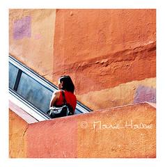le mur était orange (1) (Marie Hacene) Tags: paris olympiades 13e escalator mur orange