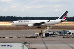 2019-012102 (bubbahop) Tags: 2019 houston texas usa intercontinental airport iah airfrance plane airbus a330