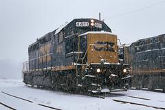 4411 In The Snow (DJ Witty) Tags: nikon railroad photography emd dieselelectriclocomotive electromotivedivision fm2n velvia rvp100 csx csxt gp402