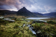 Ogwen Valley (tony_shaw60) Tags: wales northwales snowdonia ogwenvalley tryfan