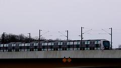 DSCN9191.02 paysage urbain (pont train rer hiver) Eragny (jeanchristophelenglet) Tags: éragnysuroisefrance paysageurbain cityscape paisagemurbana train trem hiver winter inverno pont bridge ponte