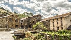 2732  Civis, Lleida (Ricard Gabarrús) Tags: nubes casa rural rustico calle street ricardgabarrus olympus ricgaba villa aldea pueblo