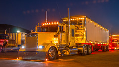 Kenworth W900 (NoVa Truck & Transport Photos) Tags: kenworth w900 es musser carriers stevens pa grain hauler truck big rig 18 wheeler 2017 large car mag southern classic ta lexington va