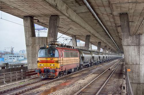 Pod mostom II.   240.118   ZSSK Cargo   ÚNS - Petržalka