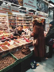 Mercantile (ewitsoe) Tags: shopping street portrait life city warszawa warsaw poland woman store goods indoormarket market commerce mobile samsunggalaxy8s