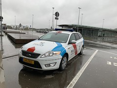 Luxembourg Police - Luxembourg Airport - March 17, 2019 (firehouse.ie) Tags: automobiles automobile l'auto autos coches coche cars cops aa2911 findel lux letzebuerg polizeiwagen polizeiauto polizei polizia cop car wagon mondeo ford airport europe luxembourg police